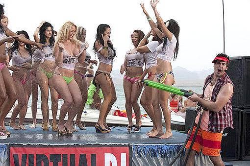 """Piraña 3D"""". Concurso de camisetas mojadas, la fórmula del éxito"""