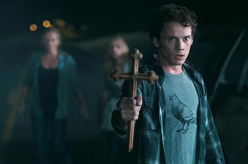 """Anton Yelchin protagoniza el remake de """"Noche de miedo"""""""