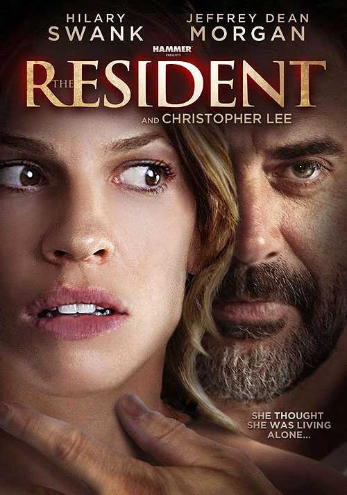 """Cartel póster en inglés de """"The Resident"""" (""""La víctima perfecta""""). Un título mucho más adecuado"""