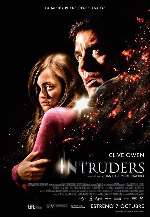 """Cartel póster español de """"Intruders"""" de Fresnadillo. Protagonizada por Clive Owen"""