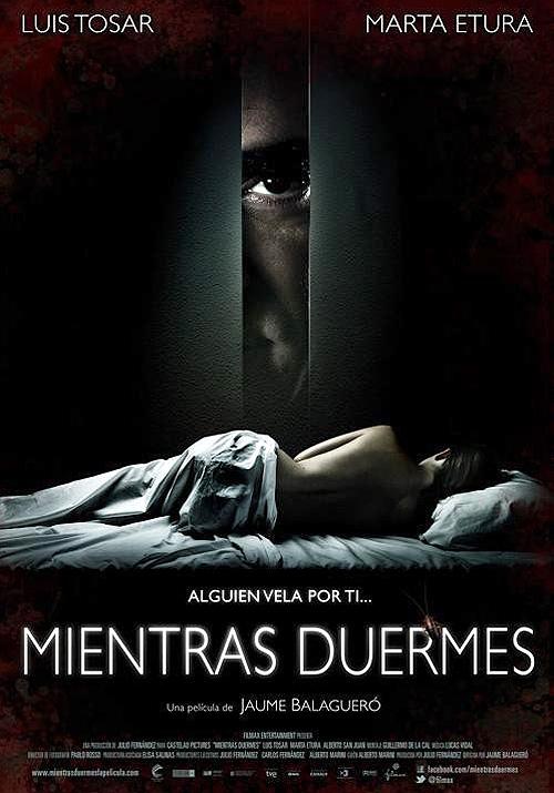 """Cartel póster de """"Mientras duermes"""" de Balagueró y protagonizada por Luis Tosar"""