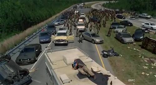 """""""The Walking Dead"""". El concepto de """"rebaño de zombis"""" es muy interesante, lógico y novedoso"""