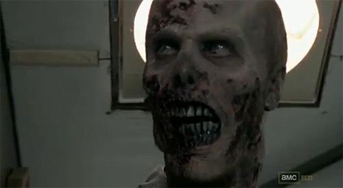 """The Walking Dead"". Zombi del primer episodio de la segunda temporada."