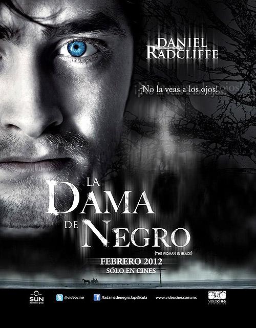 """La dama de negro"" o ""La mujer de negro (The woman in black)"". Cartel póster del film"
