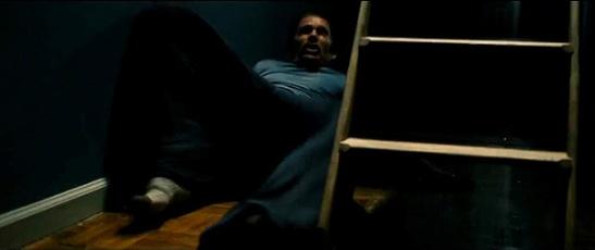 """Ethan Hawke en """"Sinister"""". Terror paralizante que recuerda al del protagonista de la nipona """"The Ring"""""""