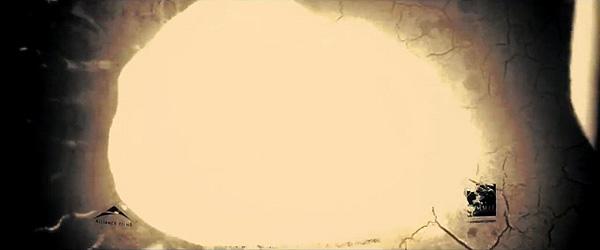 """""""Sinister"""". La película arde por el mal que transmite-contiene"""