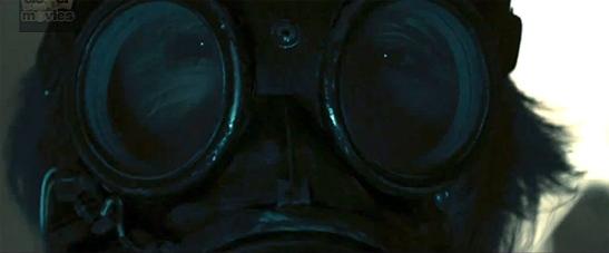 """Una de las imágenes más sorprendentes y características de la primera entrega de """"Insidious"""": la máscara de la medium"""