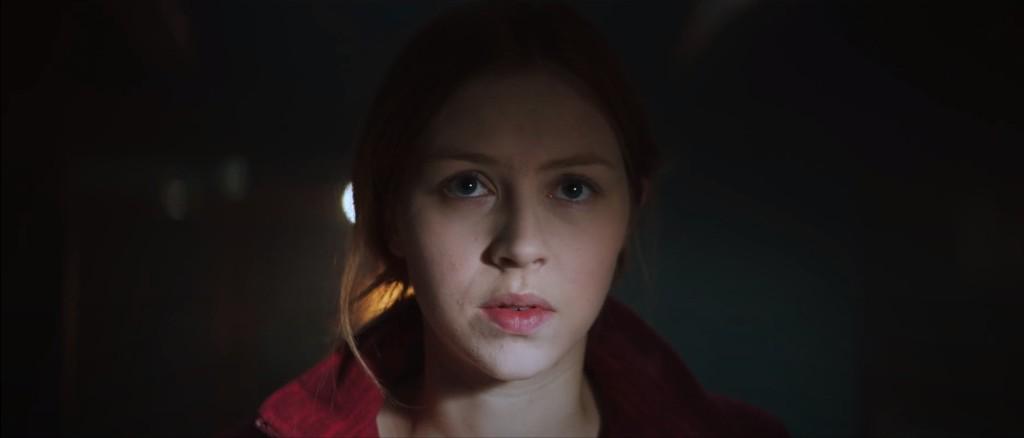 Hermione Corfield protagoniza Contagio en alta mar (2019).