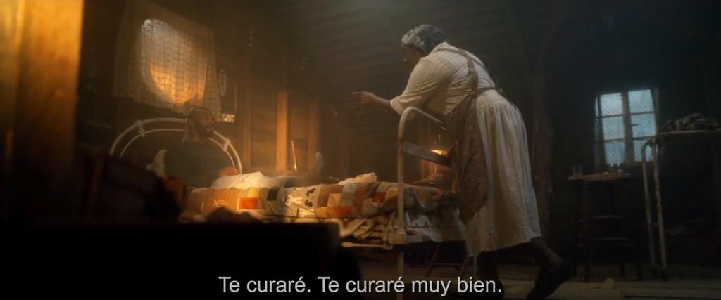 """Imágenes de """"El hechizo"""" (2020). Duelo interpretativo. Finalmente más cerca de """"La matanza de Texas"""" que de """"Misery""""."""